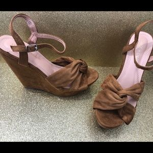 Brand new with box Camel suede knot wedges